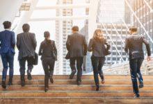 Jak małe firmy mogą łatwo zarządzać transferami wstecznymi? 21