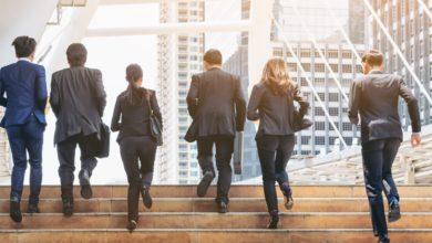 Jak małe firmy mogą łatwo zarządzać transferami wstecznymi? 1