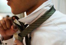 Jak zawiązać krawat